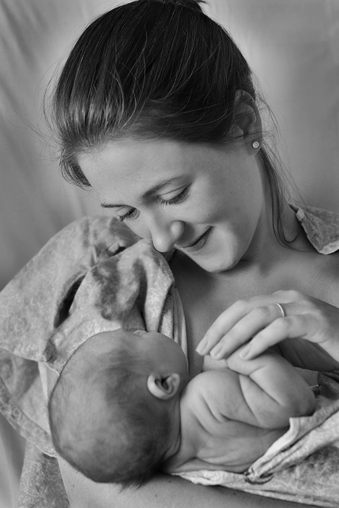 #newborn, #portrait, #blackandwhite, #motherandchild, #borntoday, #joy, #pride