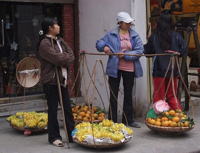 #fruit, #hanoi, #urban, #market, #vietnam, #asia