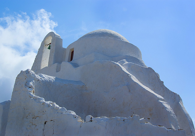 #greekislands, #greece, #chapel, #church, #whitewashed, #blueandwhite, #sculpture