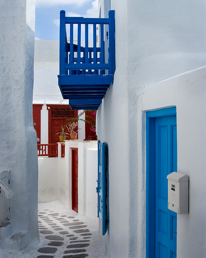 #greekislands, #greece, #mykonos, #maze, #whitewash, #walking