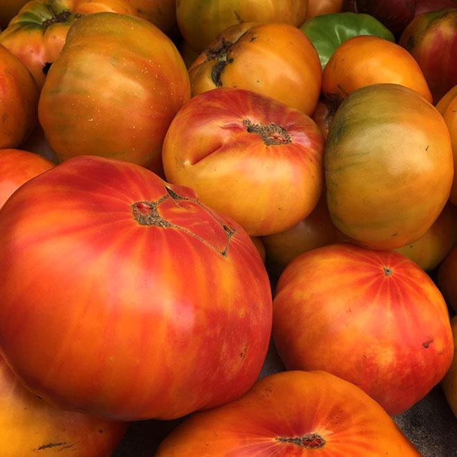 #tomatoes, #nature, #vegetable, #farmersmarket, #newyork, #newyorkcity, #unionsquare, #warm, #ripe