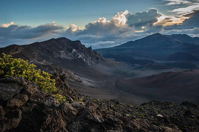 #haleakula, #volcano, #maui, #crater, #sunrise, #clouds, #nature, #landscape