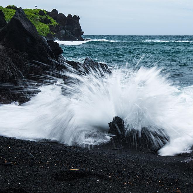 #wave, #maui, #hawaii, #sound, #nature, #blacksand, #thunder, #naturephotography, #nikond800