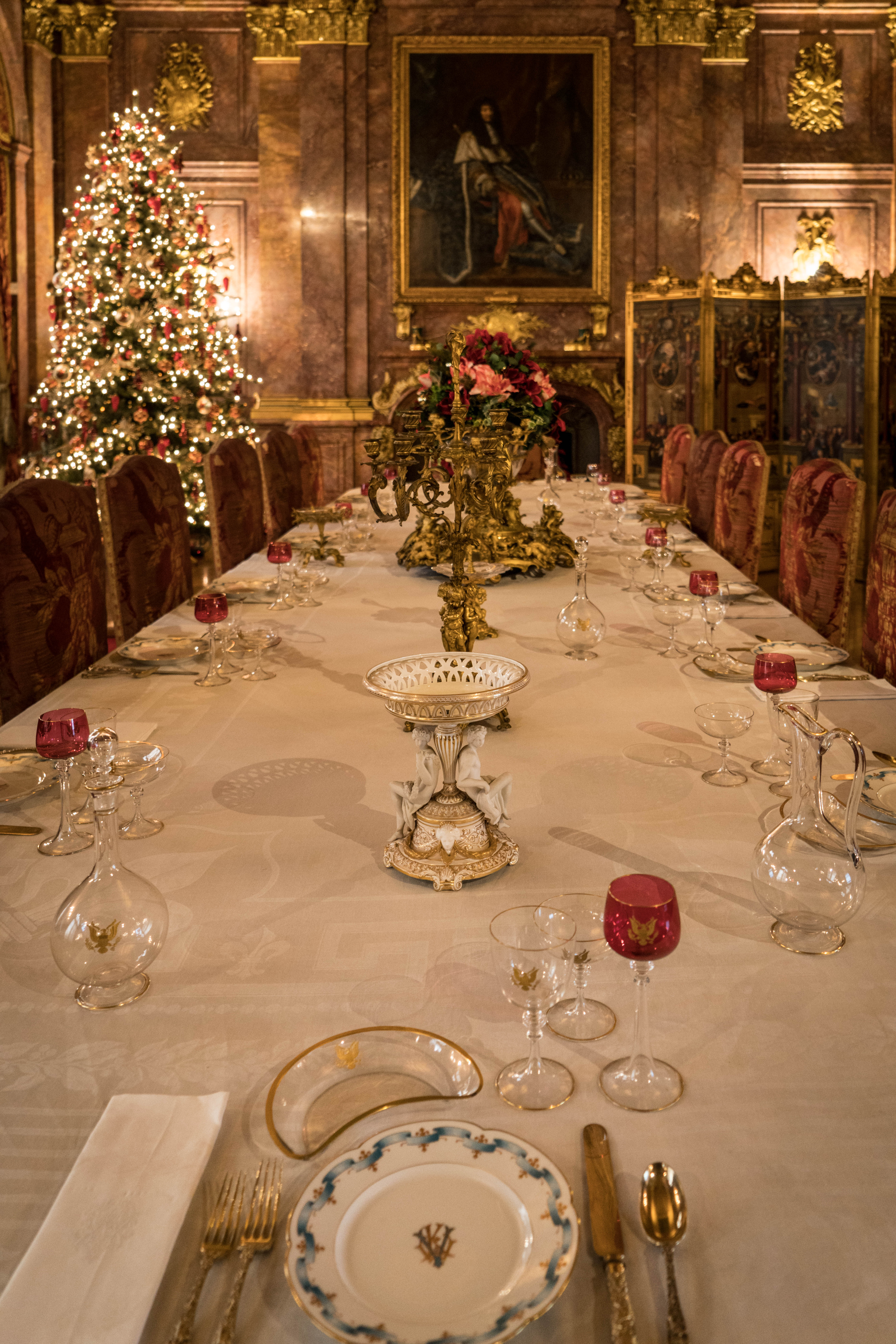 #marablehouse, #mansions, #newport, #newportmansions, #rhodeisland, #vanderbiilt, #diningroom, #christmas