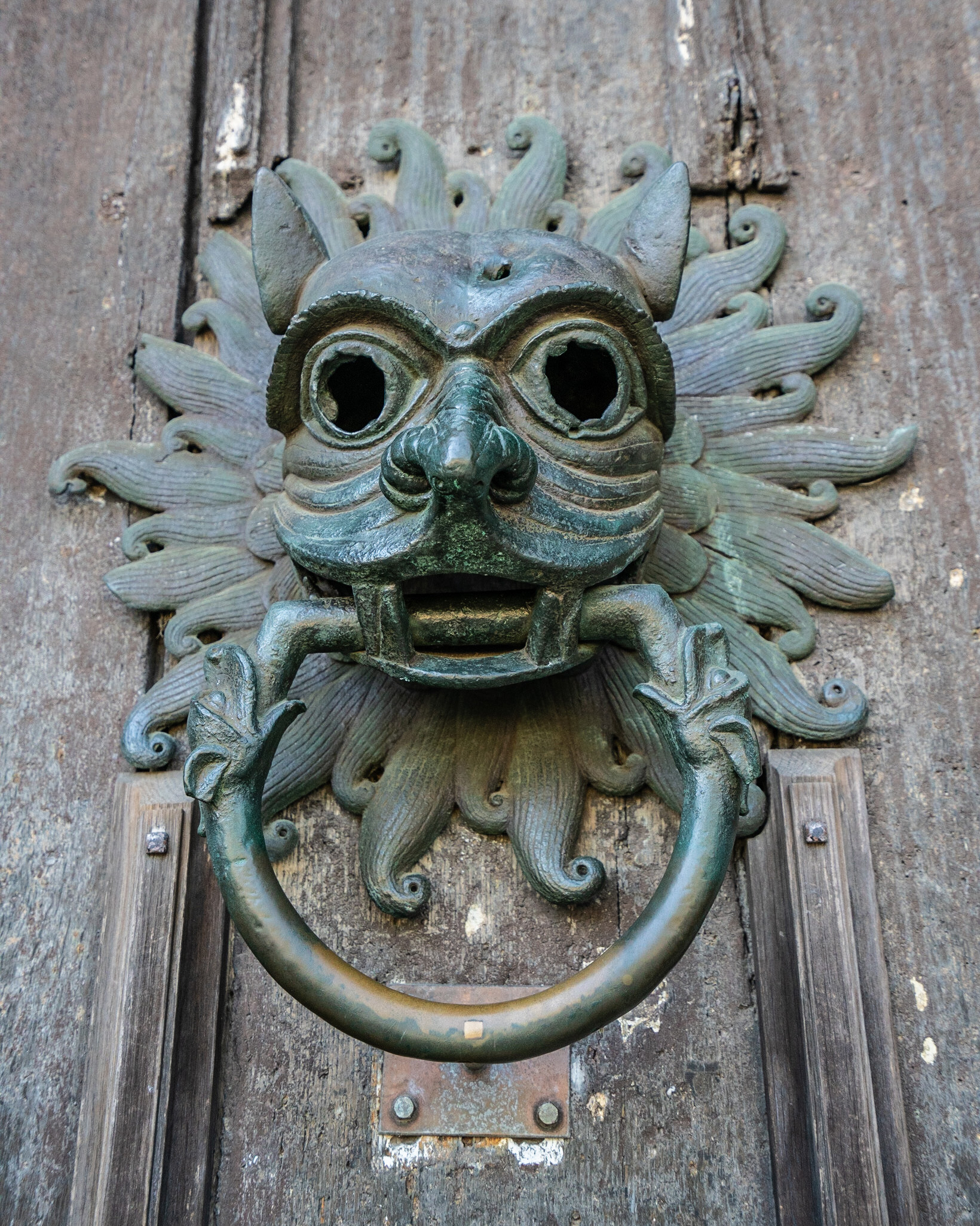 #knocker, #durham, #cathedral, #sanctuary, #mercy, #criminals, #12century, #middleages, #history, #travel