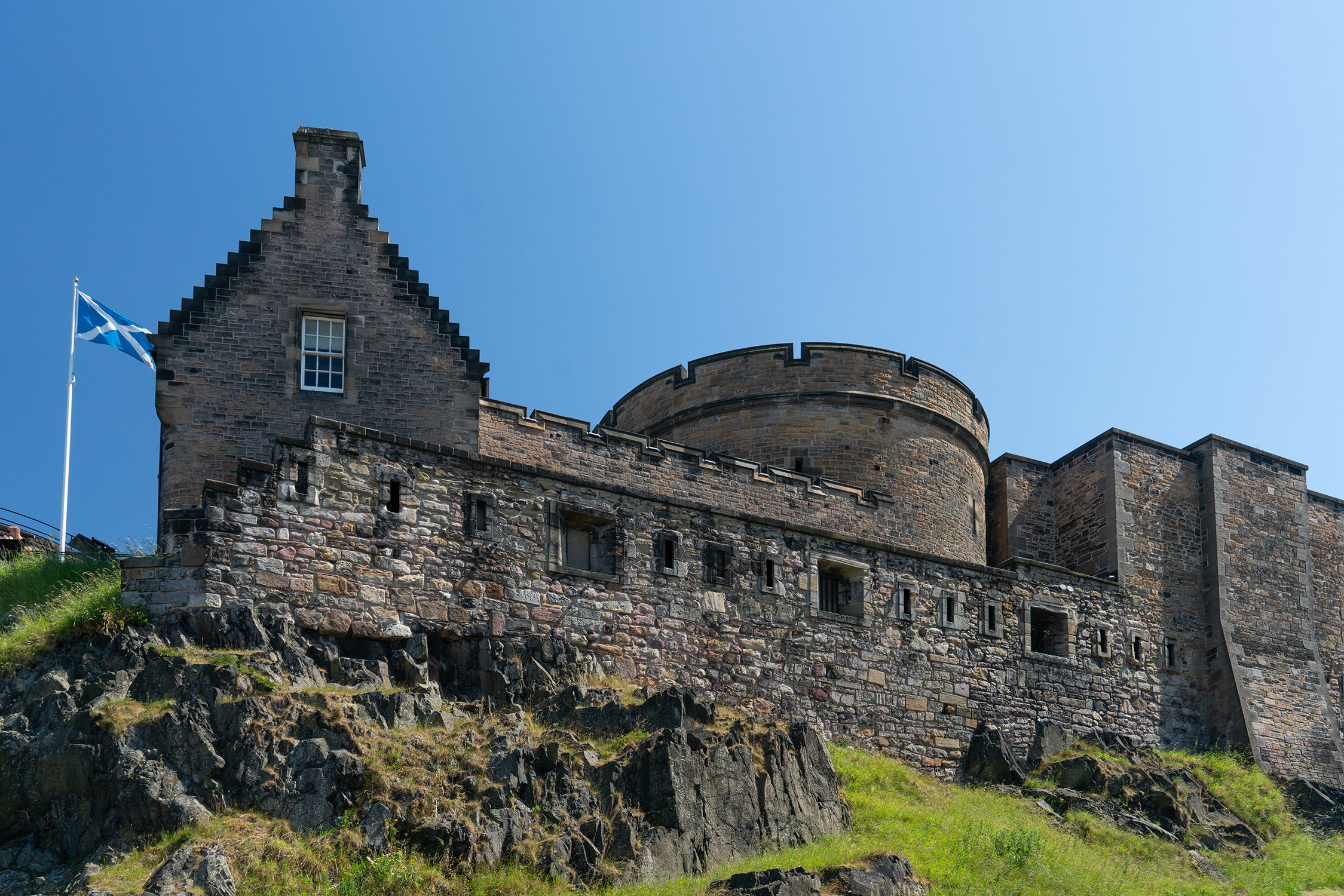 #flag, #castle, #edinburgh, #tickets, #history, #tour, #travel