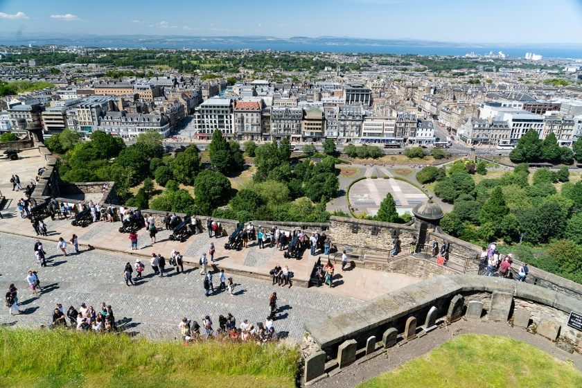 #view, #vista, #edinburgh, #castle, #clearday, #travel, #castlerock