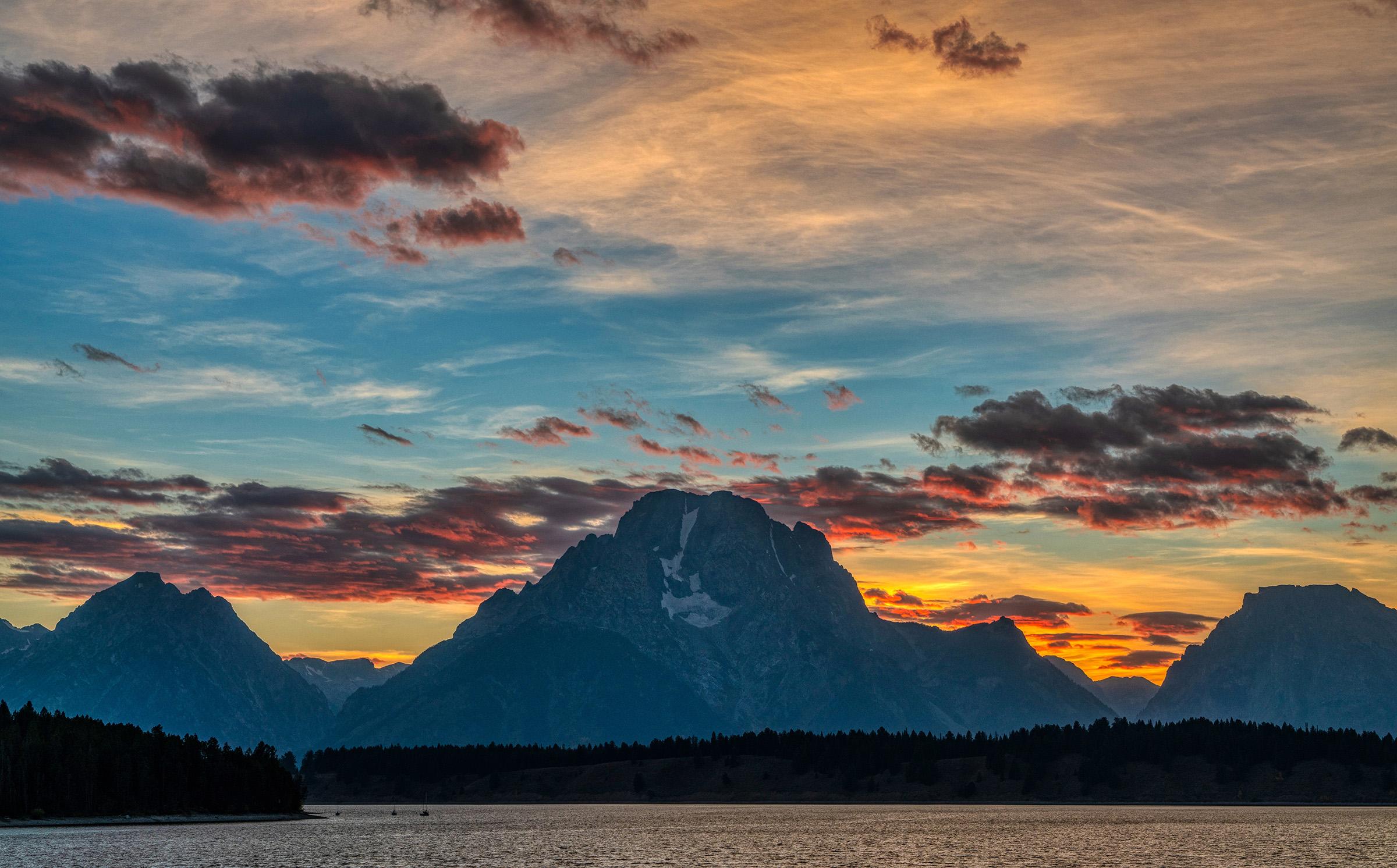 #sky, #grandteton, #nationalpark, #mountmoran, #sunset, #clouds, #backlit, #aurorahdr, #sony, #gtnp, #landscape