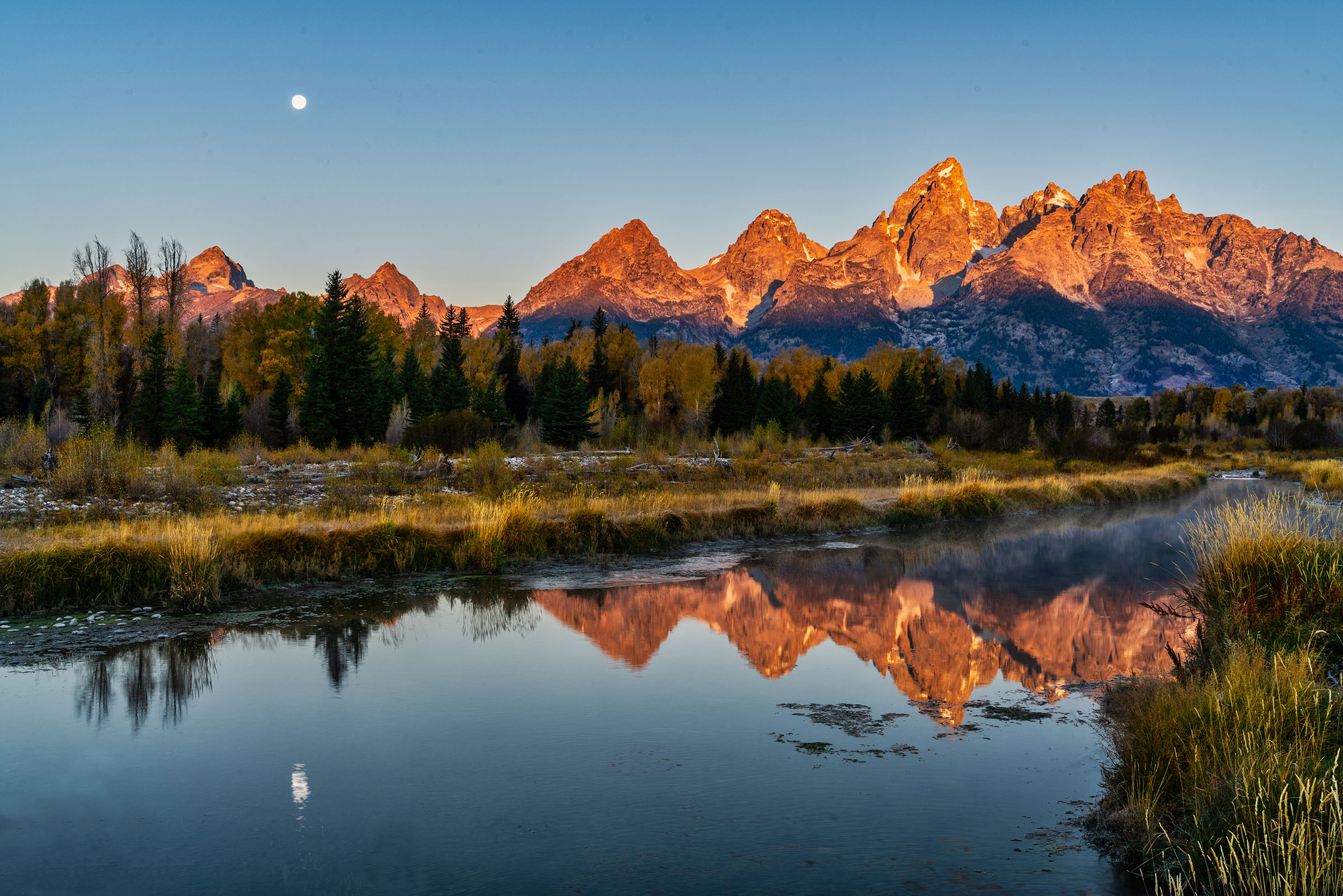 #grandtetonnationalpark, #schwabacherslanding, #schwabachers, #sunrise, #fullmoon, #moon, #clearday, #photographers, #cold, #dark, #stress, #workshop, #tripod, #sony