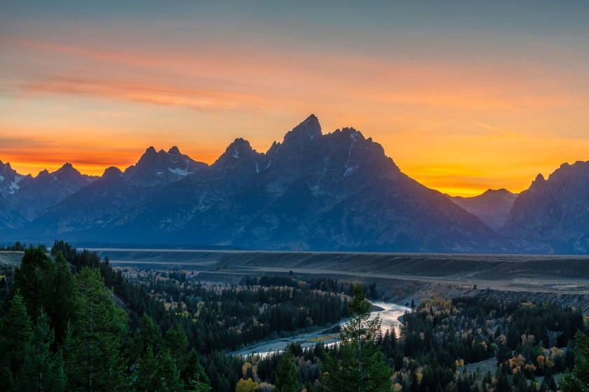 #sunset, #grandtetons, #snakeriver, #hdr, #lightroom, #clearnight, #jacksonhole, #rrstripod, #sonymirrorless