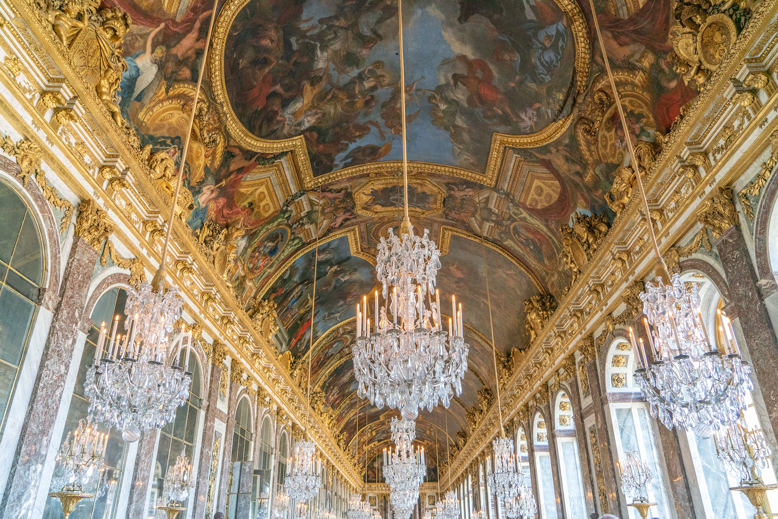 #versailles, #france, #louisxiv, #mansart, #architecture, #travel, #chandelier, #mirror, #hallofmirrors, #treaty, #goldleaf, #baroque