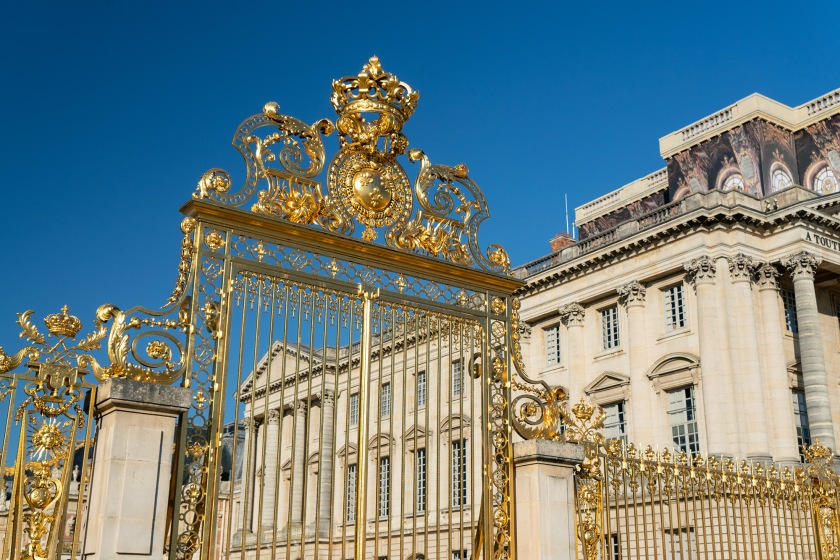 #versailles, #gates, #gold, #iconography, #sunking, #palace, #architecture